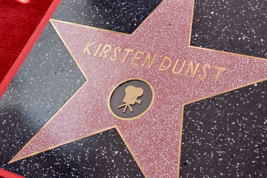 Kirsten Dunst primeste o Stea pe Hollywood Walk of Fame